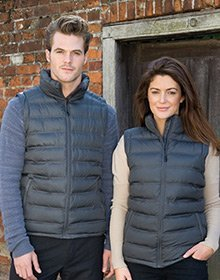 Gilets and body warmers